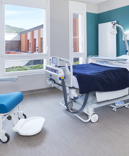 thumbnail: Tarare Hospital